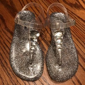 Other - Silver Beaded Thong Sandals ❤️😃❤️
